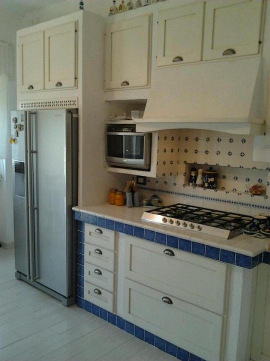 Cucine in muratura - Piastrelle per cucina in muratura ...